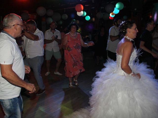 Le mariage de Romuald et Virginie à Clarensac, Gard 265