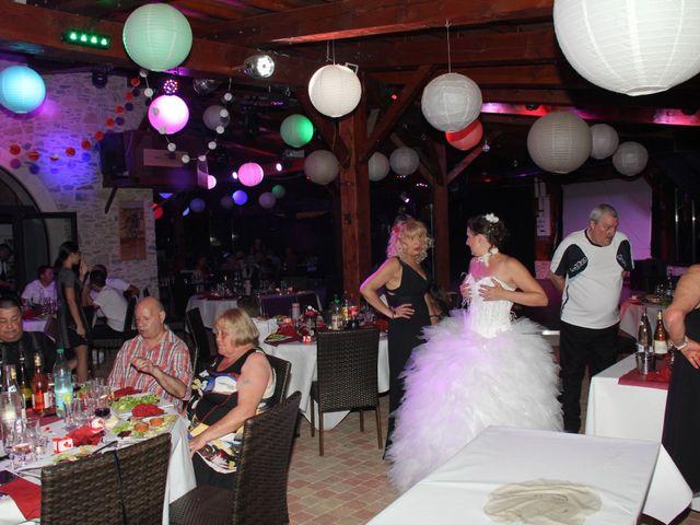 Le mariage de Romuald et Virginie à Clarensac, Gard 285