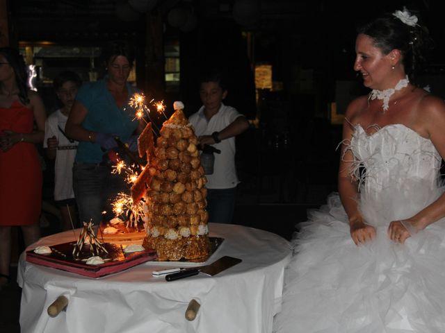 Le mariage de Romuald et Virginie à Clarensac, Gard 329