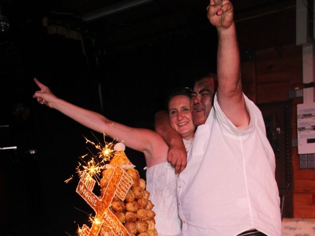 Le mariage de Romuald et Virginie à Clarensac, Gard 330