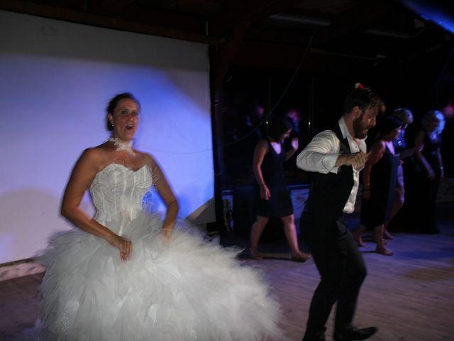 Le mariage de Romuald et Virginie à Clarensac, Gard 357