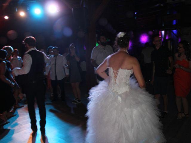 Le mariage de Romuald et Virginie à Clarensac, Gard 358
