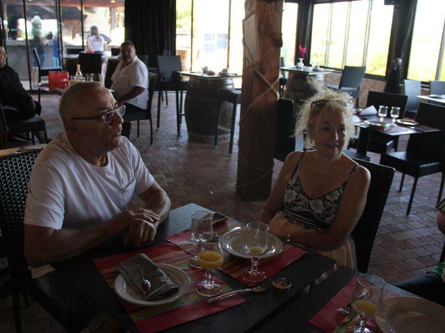 Le mariage de Romuald et Virginie à Clarensac, Gard 399