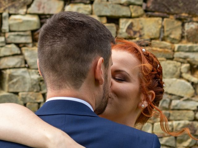 Le mariage de Cédric et Claire à Maxent, Ille et Vilaine 10