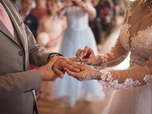 Le mariage de Morgan et Lily à Saint-Lizier-du-Planté , Gers 9