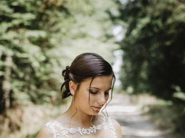 Le mariage de Damien et Marie à Fleuriel, Allier 18