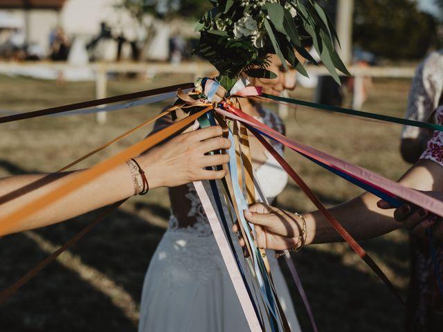Le mariage de Damien et Marie à Fleuriel, Allier 38