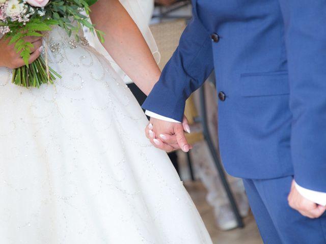 Le mariage de David et Mélanie à Issenheim, Haut Rhin 27