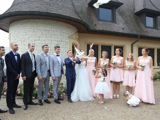 Le mariage de David et Mélanie à Issenheim, Haut Rhin 31