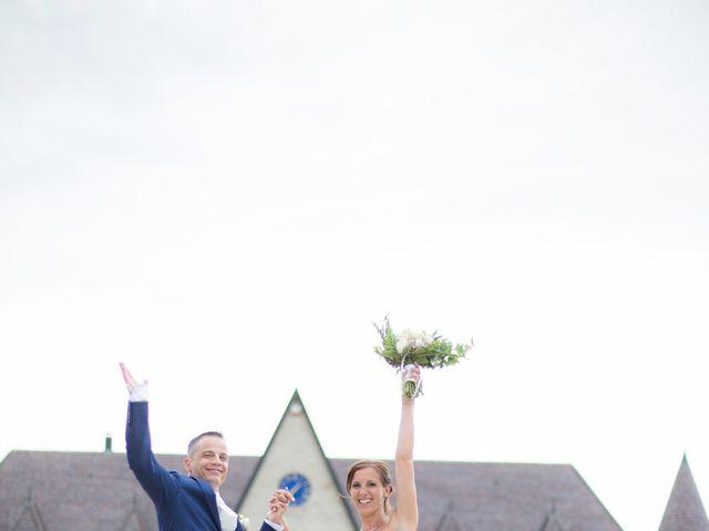 Le mariage de David et Mélanie à Issenheim, Haut Rhin 66
