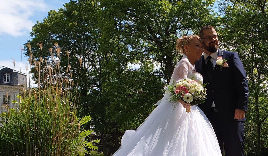 Le mariage de Simon  et Marie à Annezin, Pas-de-Calais