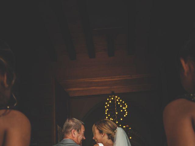 Le mariage de Alejandro et Katel à Corcelles-en-Beaujolais, Rhône 10