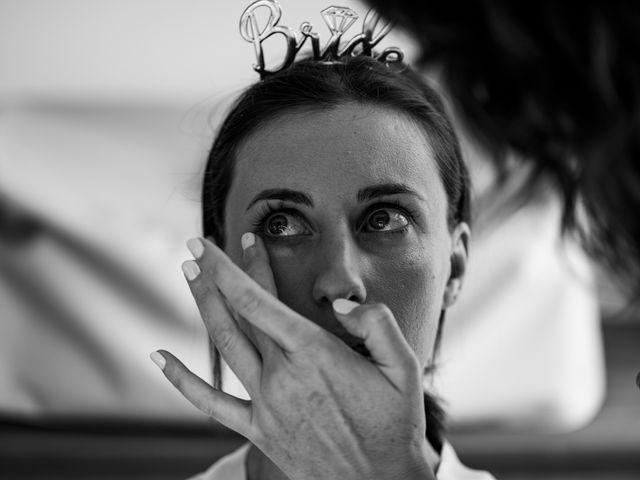 Le mariage de Shay et Claire à Fontcouverte, Charente Maritime 9