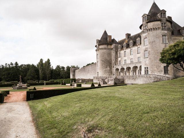 Le mariage de Shay et Claire à Fontcouverte, Charente Maritime 22