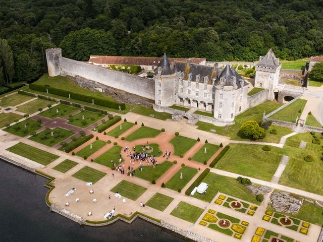 Le mariage de Shay et Claire à Fontcouverte, Charente Maritime 24