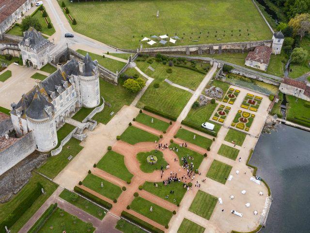 Le mariage de Shay et Claire à Fontcouverte, Charente Maritime 26