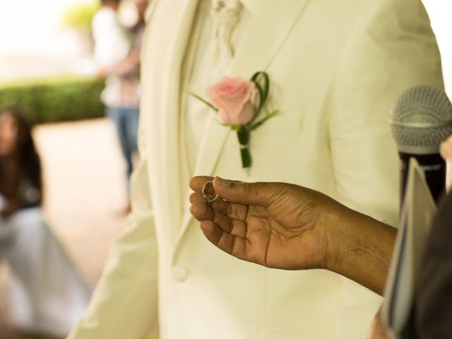 Le mariage de Thomas et Tsega à Gy-les-Nonains, Loiret 23