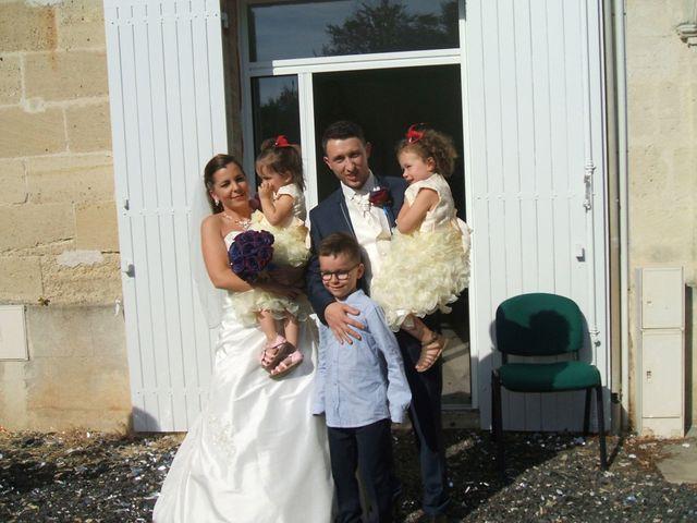 Le mariage de Adrien et Elsa à Génissac, Gironde 12