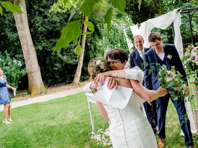 Le mariage de Antoine et Deborah à Bordeaux, Gironde 91