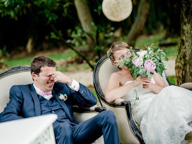 Le mariage de Antoine et Deborah à Bordeaux, Gironde 96