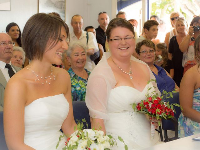 Le mariage de Daria et Emilie à Remoulins, Gard 7