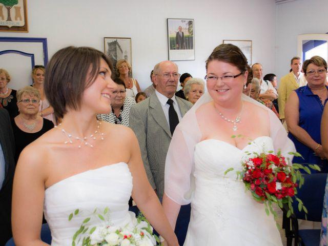 Le mariage de Daria et Emilie à Remoulins, Gard 11