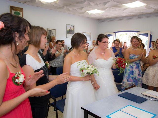 Le mariage de Daria et Emilie à Remoulins, Gard 13