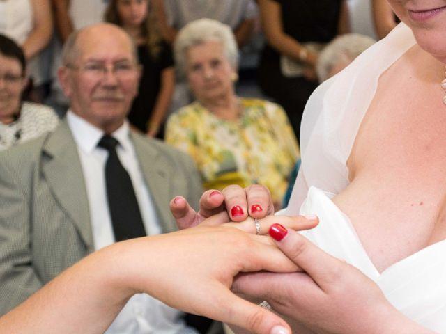 Le mariage de Daria et Emilie à Remoulins, Gard 15