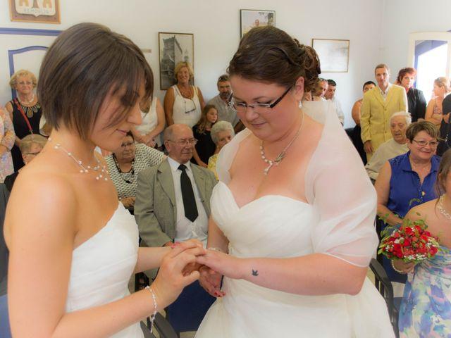 Le mariage de Daria et Emilie à Remoulins, Gard 16