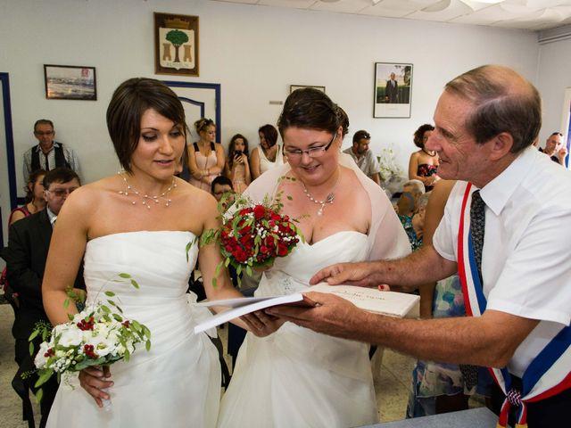 Le mariage de Daria et Emilie à Remoulins, Gard 20
