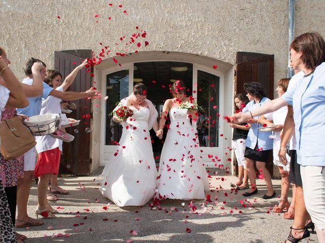 Le mariage de Daria et Emilie à Remoulins, Gard 23
