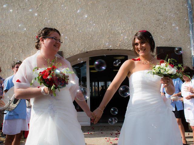 Le mariage de Daria et Emilie à Remoulins, Gard 2
