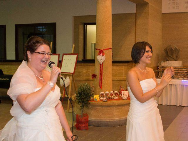 Le mariage de Daria et Emilie à Remoulins, Gard 52