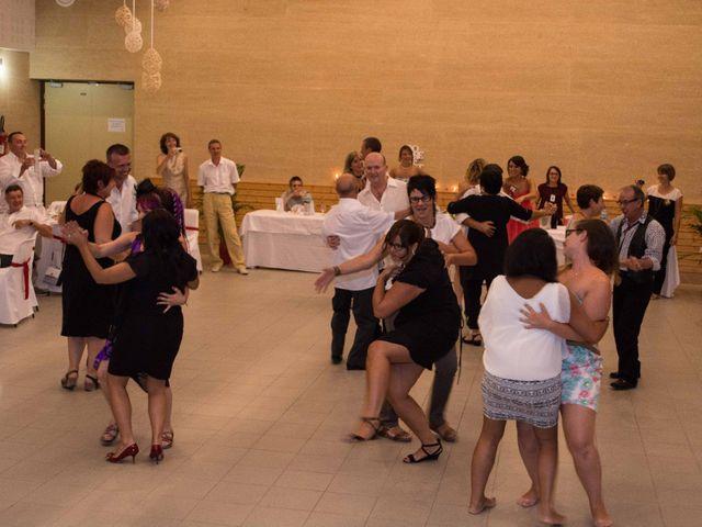 Le mariage de Daria et Emilie à Remoulins, Gard 53