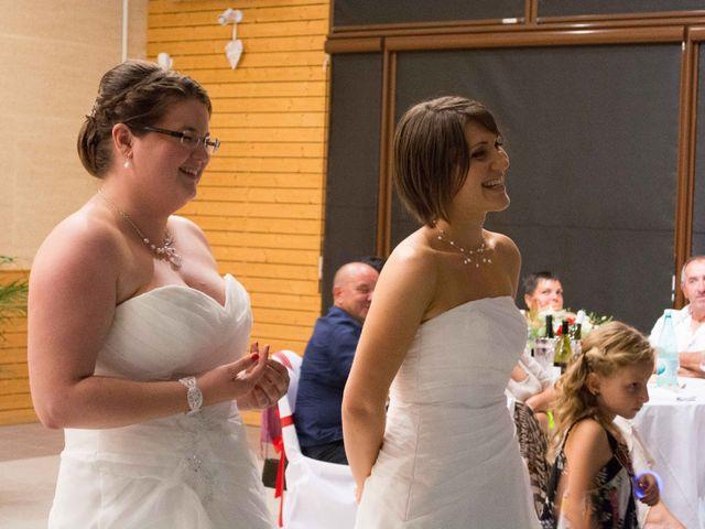 Le mariage de Daria et Emilie à Remoulins, Gard 60