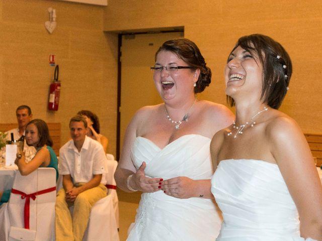 Le mariage de Daria et Emilie à Remoulins, Gard 61