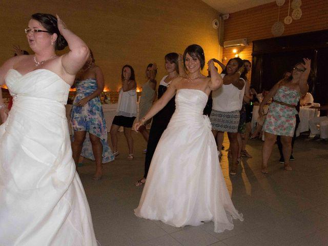 Le mariage de Daria et Emilie à Remoulins, Gard 65