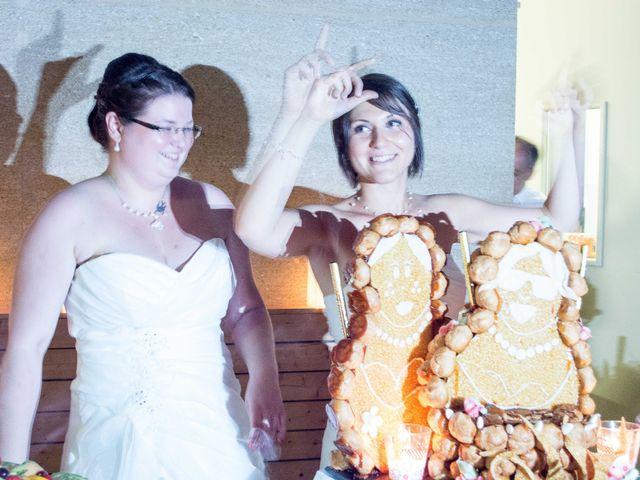 Le mariage de Daria et Emilie à Remoulins, Gard 71