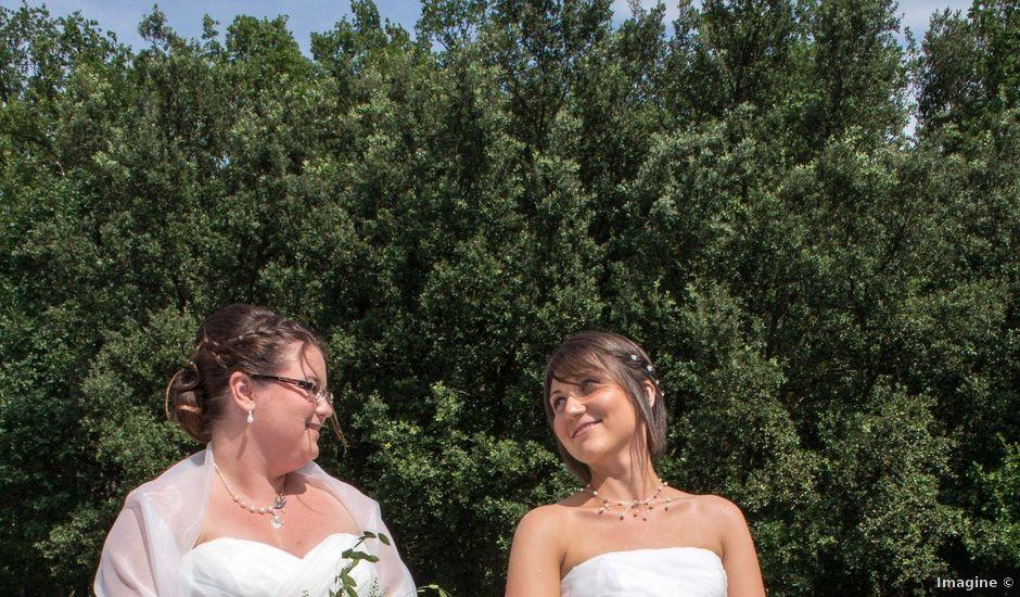 Le mariage de Daria et Emilie à Remoulins, Gard