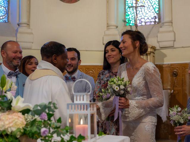 Le mariage de Stéphane et Iryna à Frontenac, Gironde 11