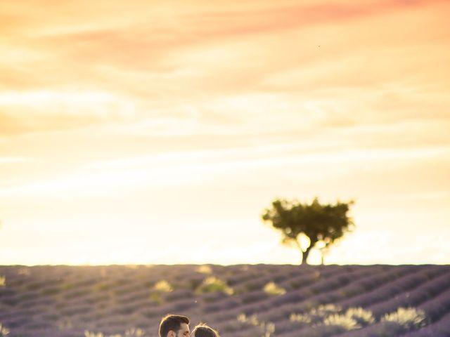 Le mariage de Wiliam et Valerie à Grignan, Drôme 4
