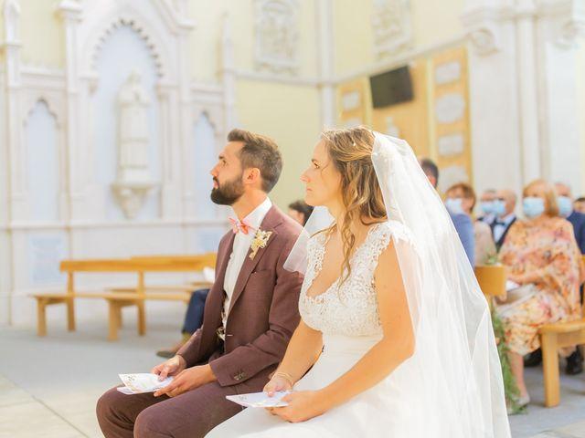 Le mariage de Wiliam et Valerie à Grignan, Drôme 32