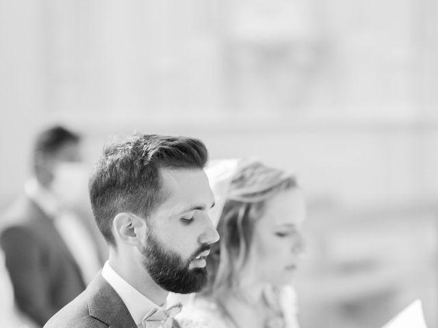Le mariage de Wiliam et Valerie à Grignan, Drôme 35