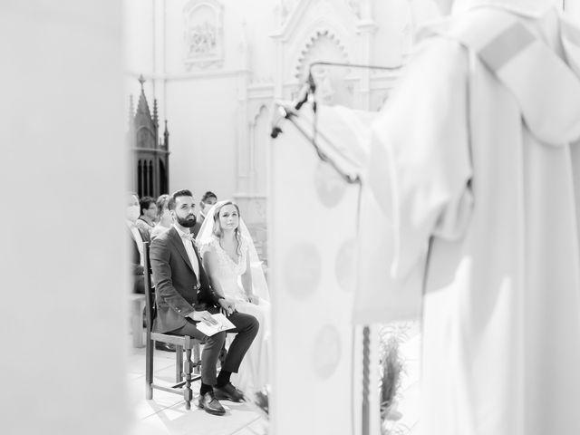 Le mariage de Wiliam et Valerie à Grignan, Drôme 37