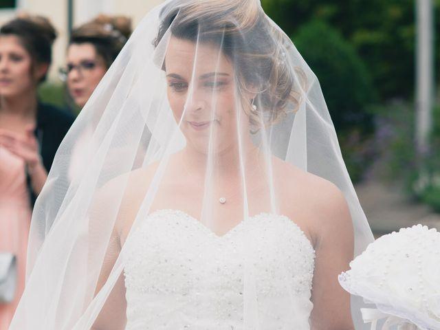 Le mariage de Kévin et Cassandra à Saint-Benoît, Vienne 11