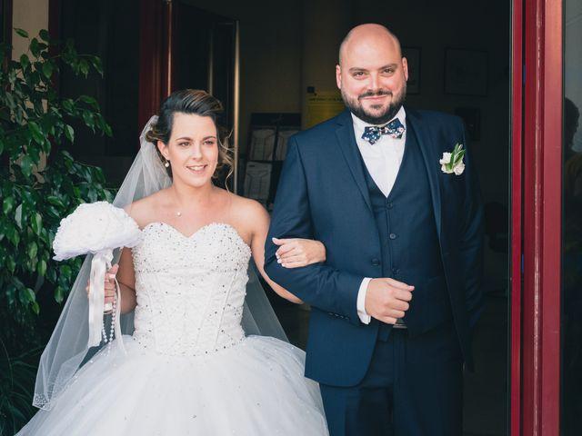 Le mariage de Kévin et Cassandra à Saint-Benoît, Vienne 13