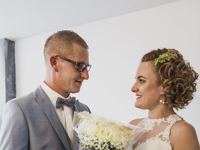 Le mariage de Jeremy et Justine à Toufflers, Nord 5