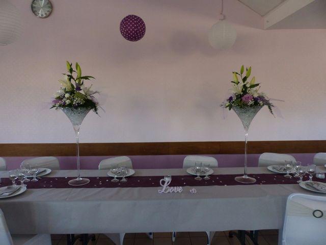 Le mariage de Damien et Christelle à Campagnolles, Calvados 1