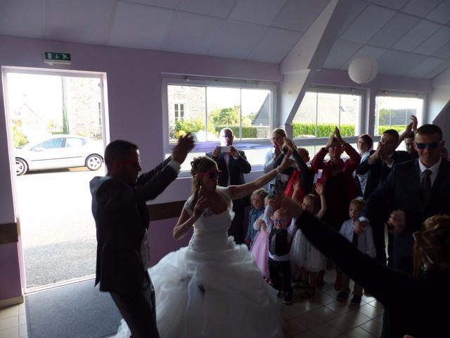 Le mariage de Damien et Christelle à Campagnolles, Calvados 7