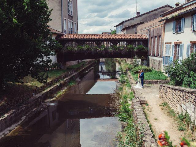 Le mariage de Thomas et Elise à Châtillon-sur-Chalaronne, Ain 27